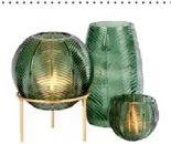 Vase Leaf