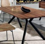 Tisch von Schösswender