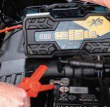 Auto-Batterieladegerät von Auto XS