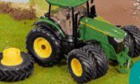 Traktor 6210R von John Deere